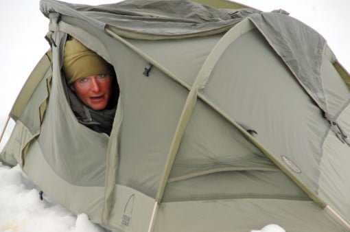 How to stay warm in tent in cold weather